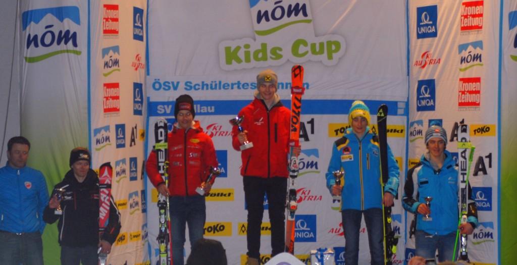 Joshua Sturm siegt in der Slalom-Wertung U15